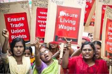 ActionAid-supported garment workers in Savar, Bangladesh demand their rights under the country's labour laws. Photo: Nicola Bailey/ActionAid